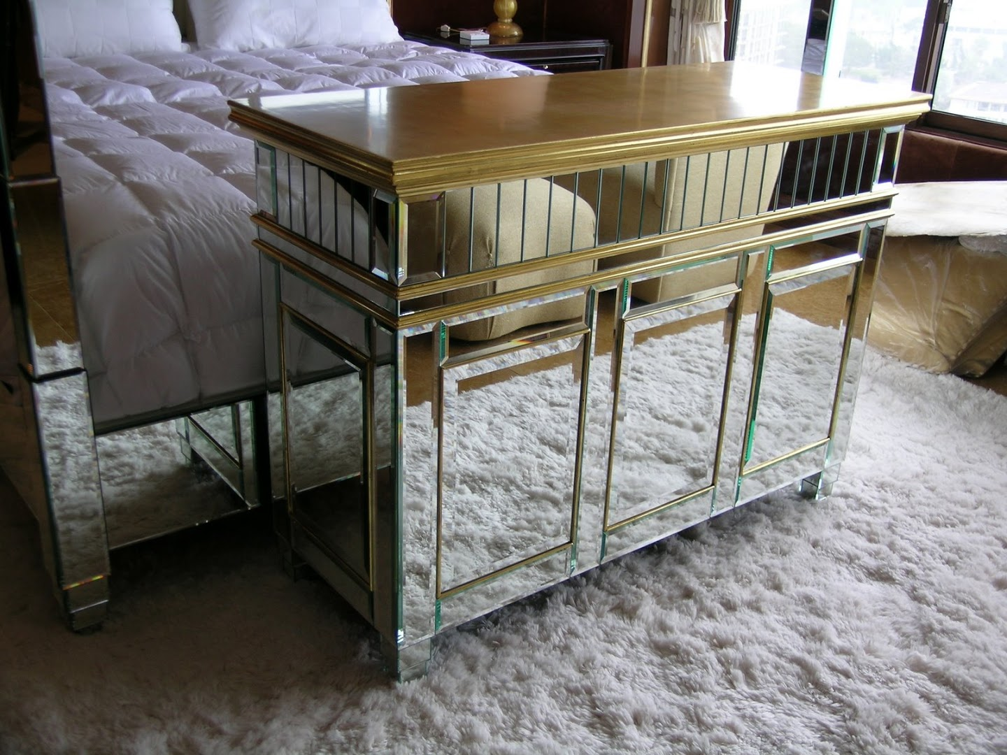 Mirrored TV Lift Cabinet